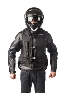 Turtle Black: Airbag per motociclista-0